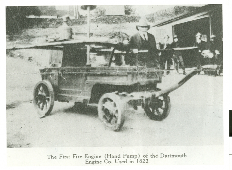 1822 Dartmouth Fire Engine Colour