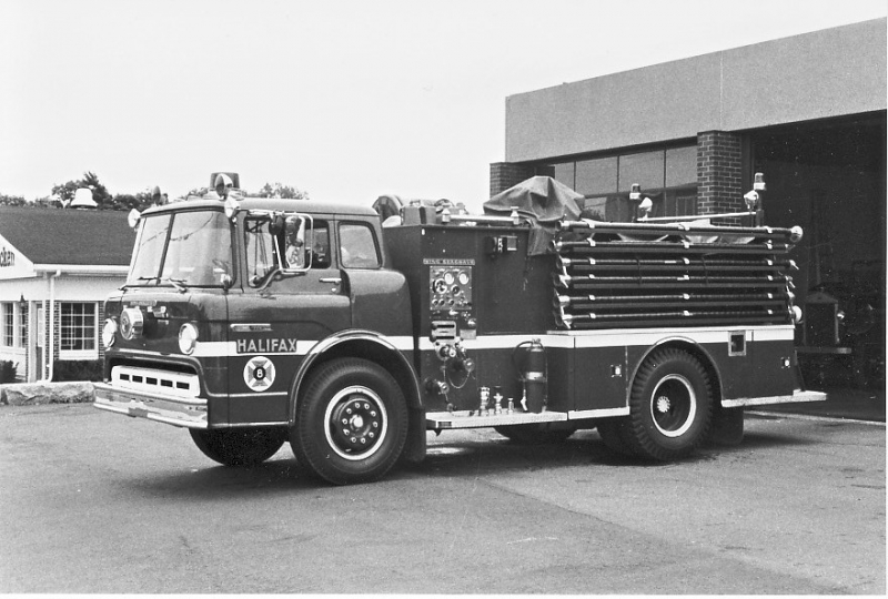 70 Ford tanker Seagrave