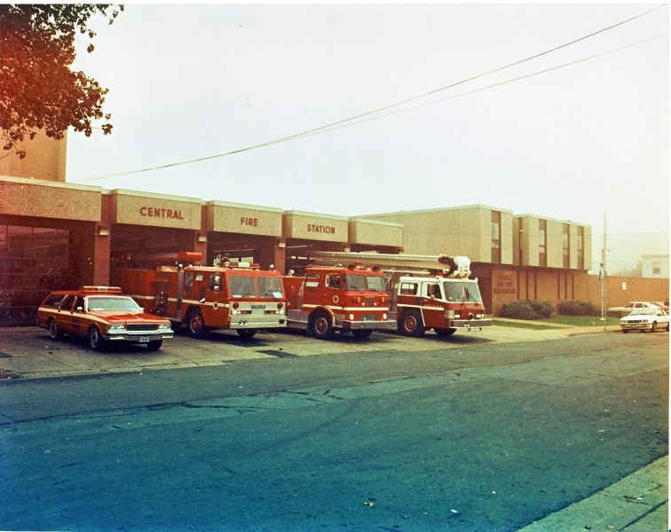 apparatus at West St 1990