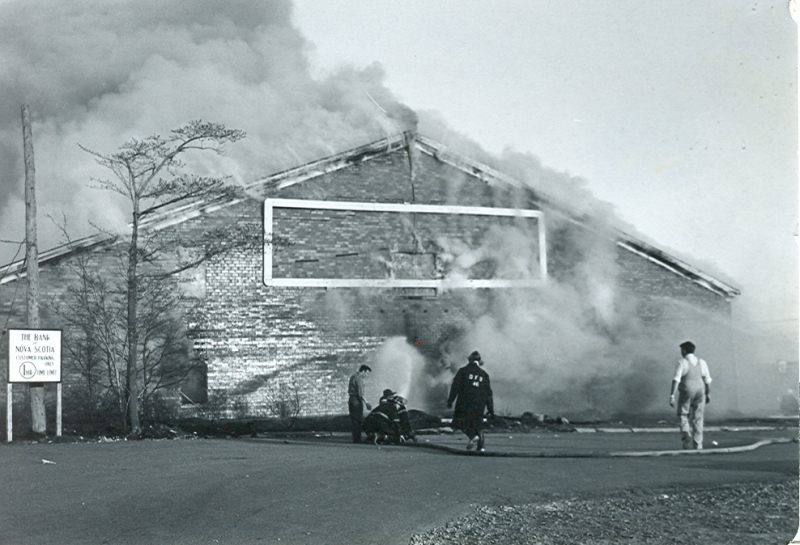 Dartmouth Memorial Rink Fire 04